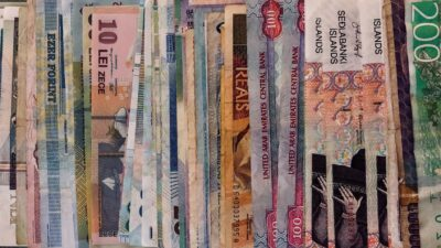 Assorted denomination banknotes