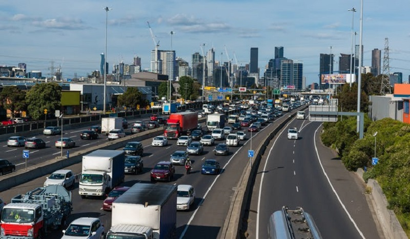 Shutterstock image of Outbound traffic backing up on Melbourne's west gate freeway at peak hour