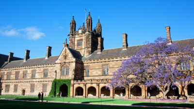 University of Sydney Quad 800x450 Image by Andrea Schaffer (aschaf) from Flickr